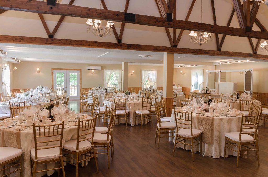 Réception rustique mariage salle 2