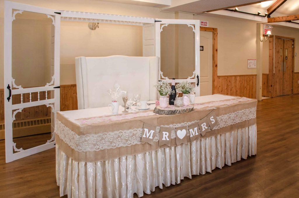 Table D'honneur Porte Antique Rustique